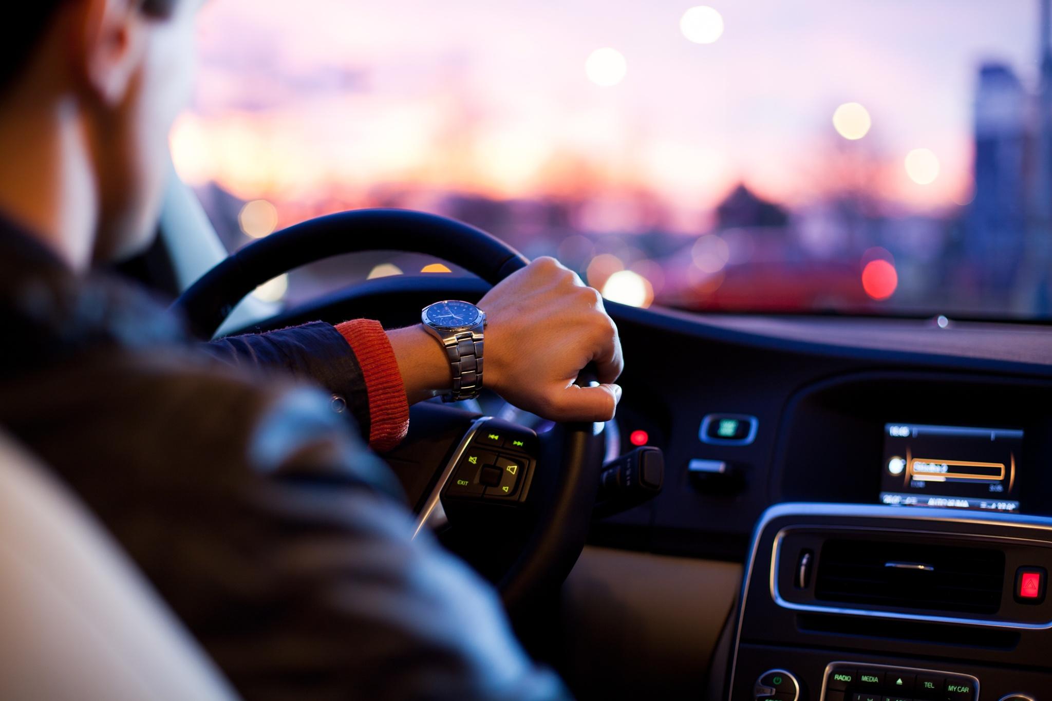 galite vairuoti automobilį su hipertenzija menovazinas ir hipertenzija